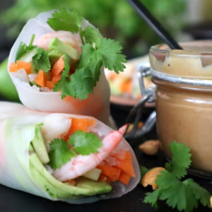 Vietnamesiska vårrullar med jordnöts- och hoisinsås!